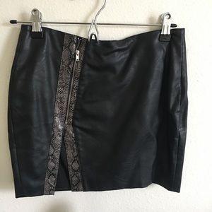 English Rose black/ snakeskin faux leather skirt